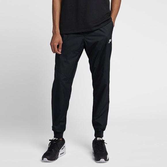Nike • Wind Joggers   Nylon Windbreaker Pants  . M 5c114f5a34a4efc248aed73f ea8b4e4a6
